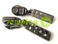 Slider with diamant for spiral zipper type 5 black nickel