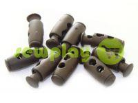 Фиксатор для шнура d=4мм пластиковый на два отверстия 9мм*21мм коричневый, 10 шт арт 614